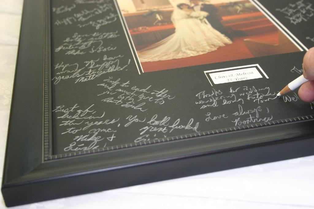The Gallery At Brookwood 20x24 Signature Mat Black